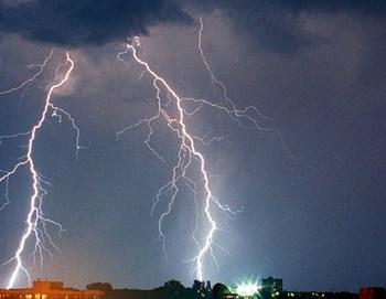 ゲリラ豪雨 画像.jpg
